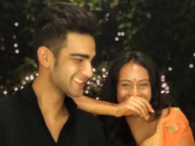 Nysa Devgn\'s UNSEEN photos with her cousin will make you miss yours amidst lockdown