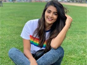 Check out the secret behind Pooja Hegde\'s glowing skin