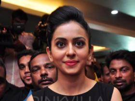 Rakul Preet: I missed out on the opportunity to work with Neeraj sir in MS Dhoni so I wanted to do Aiyaary