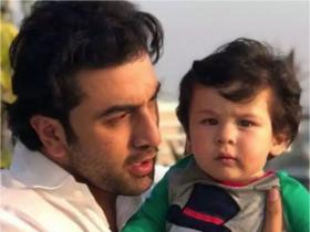 Brahmastra star Ranbir Kapoor\'s THESE pictures have made us impatient for his social media debut