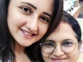 Naagin 4\'s Rashami Desai\'s endearing PHOTOS with her family show the beautiful bond actress shares with them