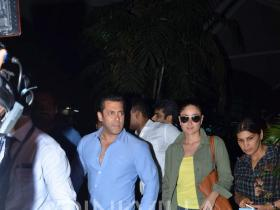 Salman and Kareena return from their Delhi promotions