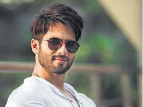 EXCLUSIVE: Here\'s why Shahid Kapoor\'s film is titled Batti Gul Meter Chalu and NOT Roshini