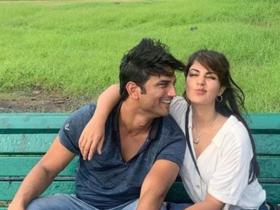 Sushant Singh Rajput and Rhea Chakraborty\'s THESE moments are all things love; Check it out