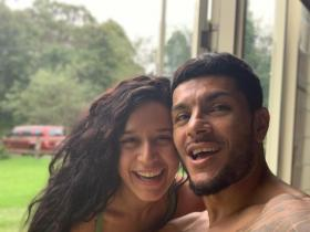 Tiger Shroff\'s sister Krishna and her beau Eban Hyams\' romantic moments are all things love; Check out