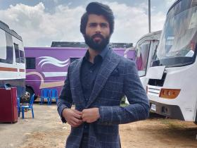 Arjun Reddy star Vijay Deverakonda\'s fitness secrets REVEALED