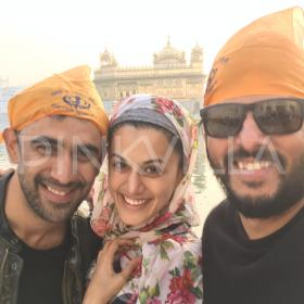 Photos,golden temple,amit sadh,Taapsee Pannu,Runningshaadi.com,Amit Roy
