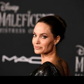 Celebrity Style,versace,Angelina Jolie,maleficent