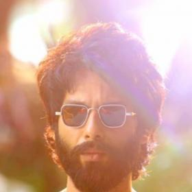Discussion,Shahid Kapoor,Kabir Singh,Jersey