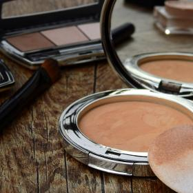 Beauty,makeup tips,foundation,blending mistakes