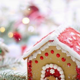 Food & Travel,recipe,Gingerbread house