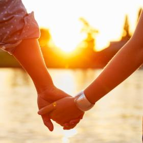 Love & Relationships,Happy Couples,Strong Emotional Intimacy