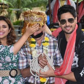 Photos,parineeti chopra,Sidharth Malhotra,Jabariya Jodi