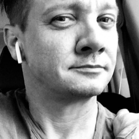 Actor,hollywood,Singer,New Song,Jeremy Renner,Hollywood,main attraction,avengers actor,latest hollywood news