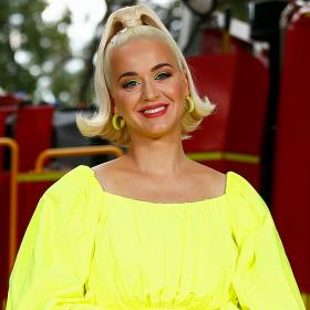 Katy Perry,smile,Hollywood