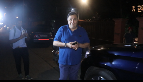Veteran actor Rishi Kapoor gets spotted in the city