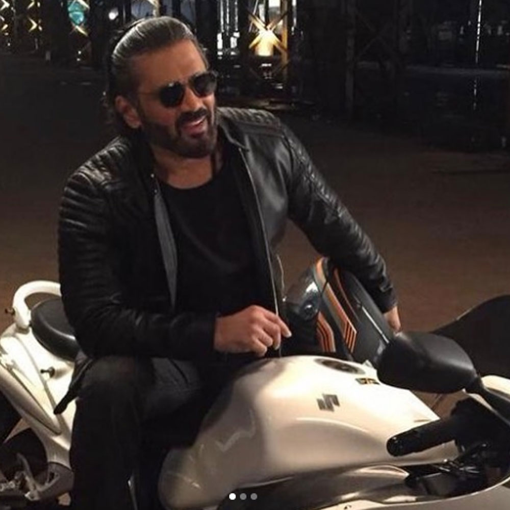 Suniel Shetty kickstarts shooting for his debut Hollywood project Call Centre; Read details