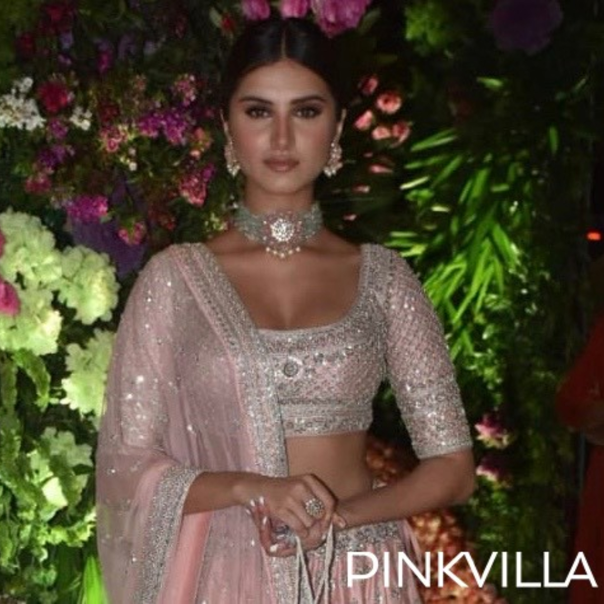 PHOTOS: Tara Sutaria dazzles in a pink shimmery traditional outfit at Armaan Jain's wedding