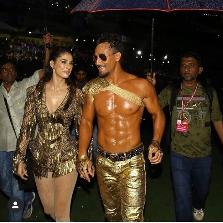 Tiger Shroff & Disha Patani glitter in gold as they perform at opening ceremony of Indian Super League; Pics