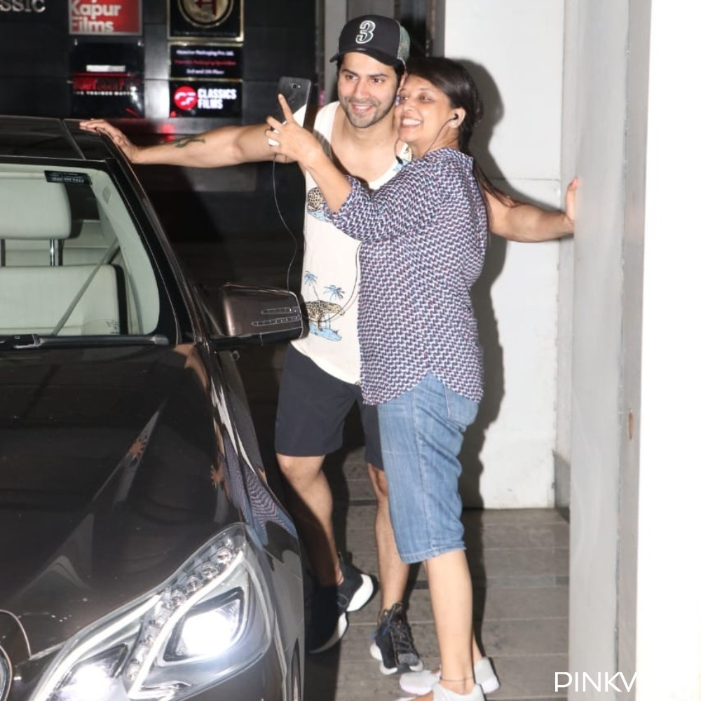 PHOTOS: Varun Dhawan clicks pictures with fans outside the gym