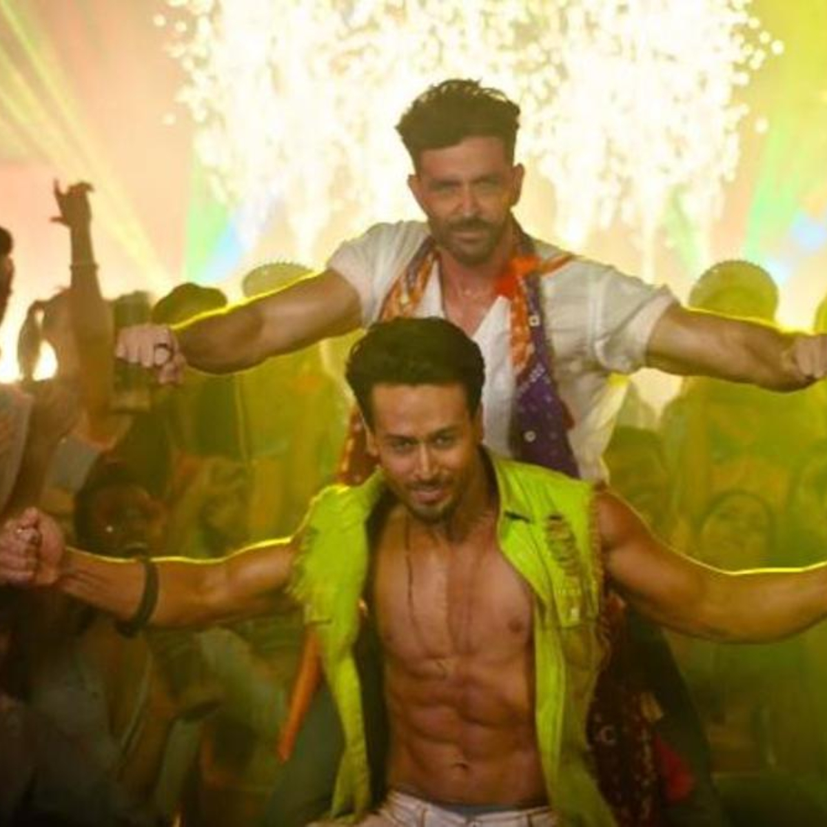 Hrithik Roshan and Tiger Shroff's War LEAKED online by Tamil Rockers on its second day