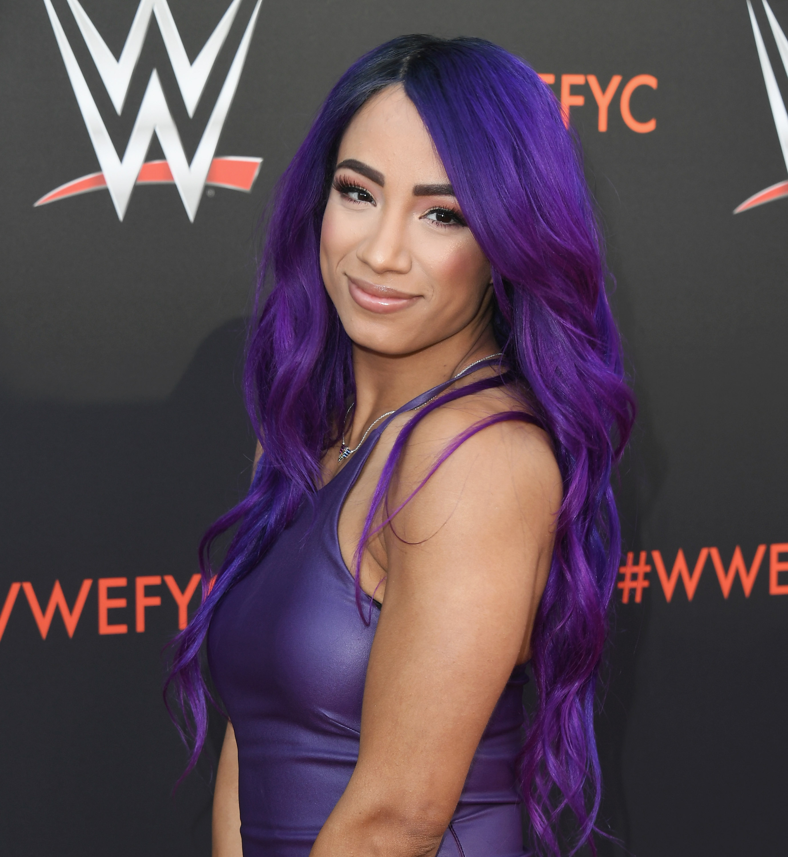 WWE News: Sasha Banks to be replaced by Charlotte Flair in a match against Becky Lynch due to back injury?